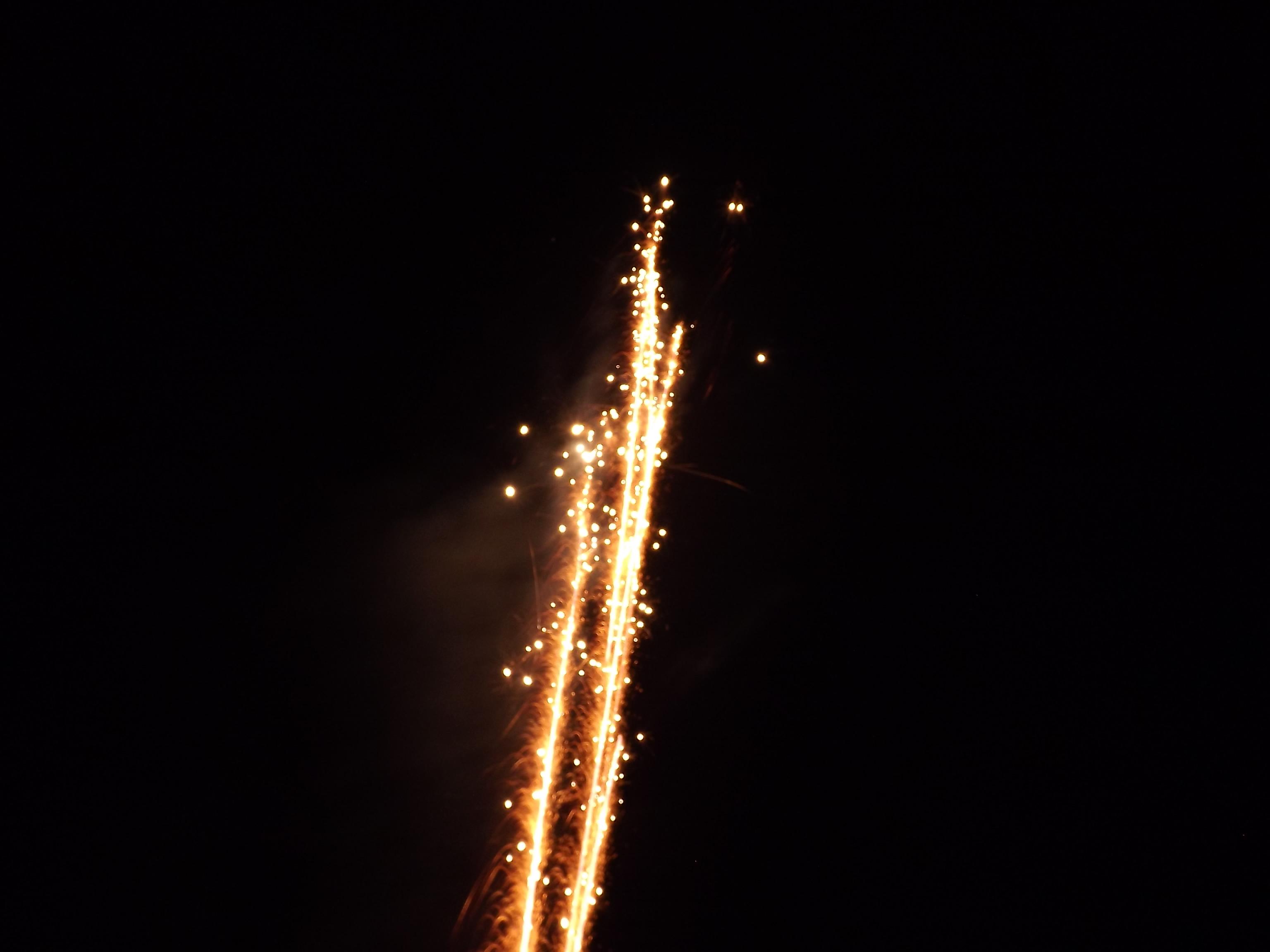 feuerwerk-knistersterne-starten-4537