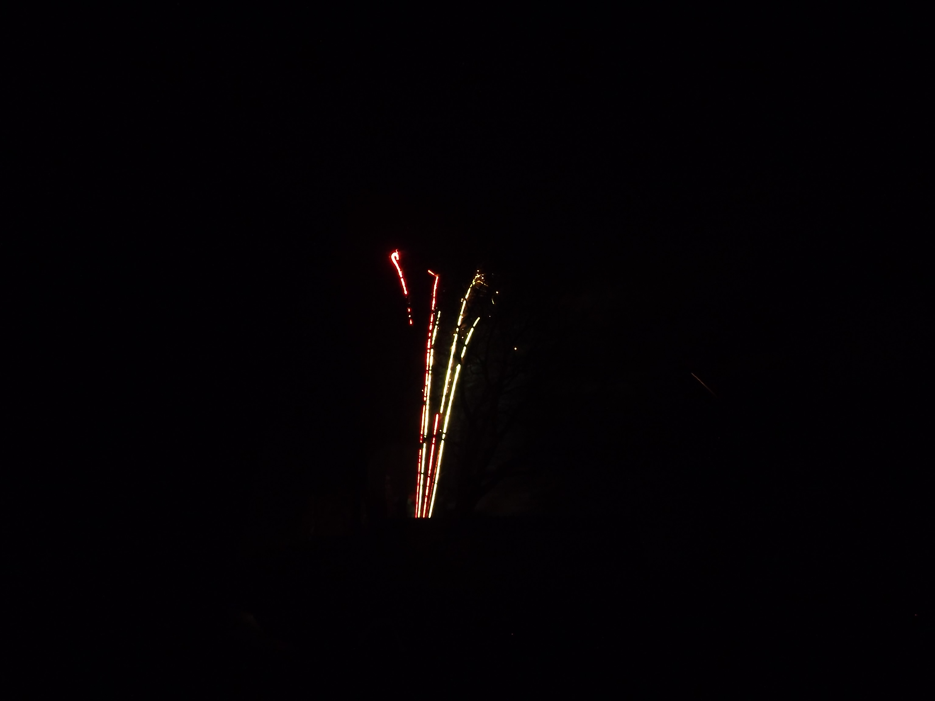 feuerwerk-leuchtende-staebe-4486