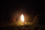 feuerwerk-gelb-boden-4554