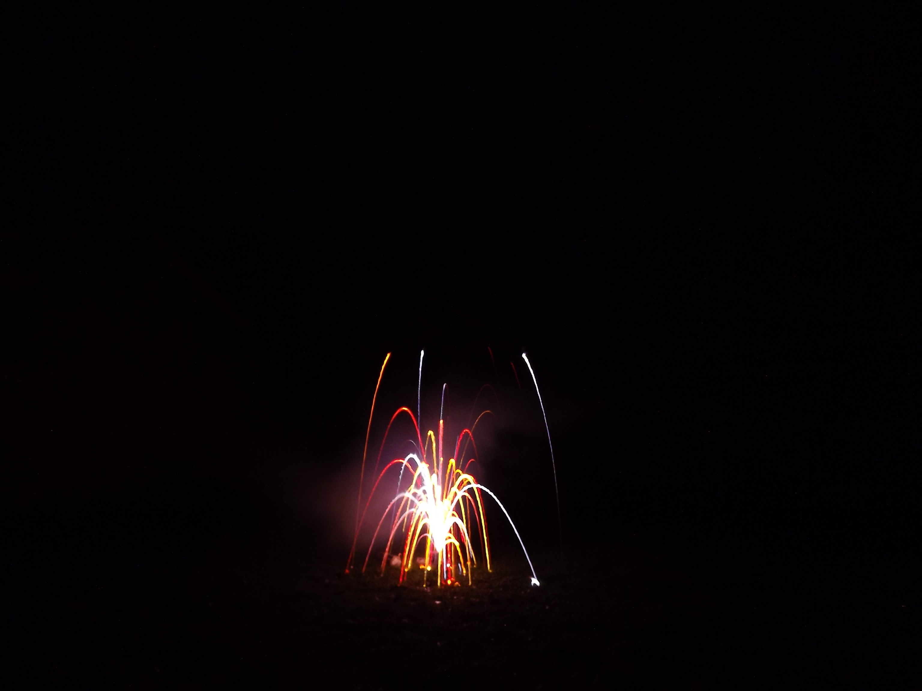6755--feuerwerk-silvester-neujahr-neon-farben