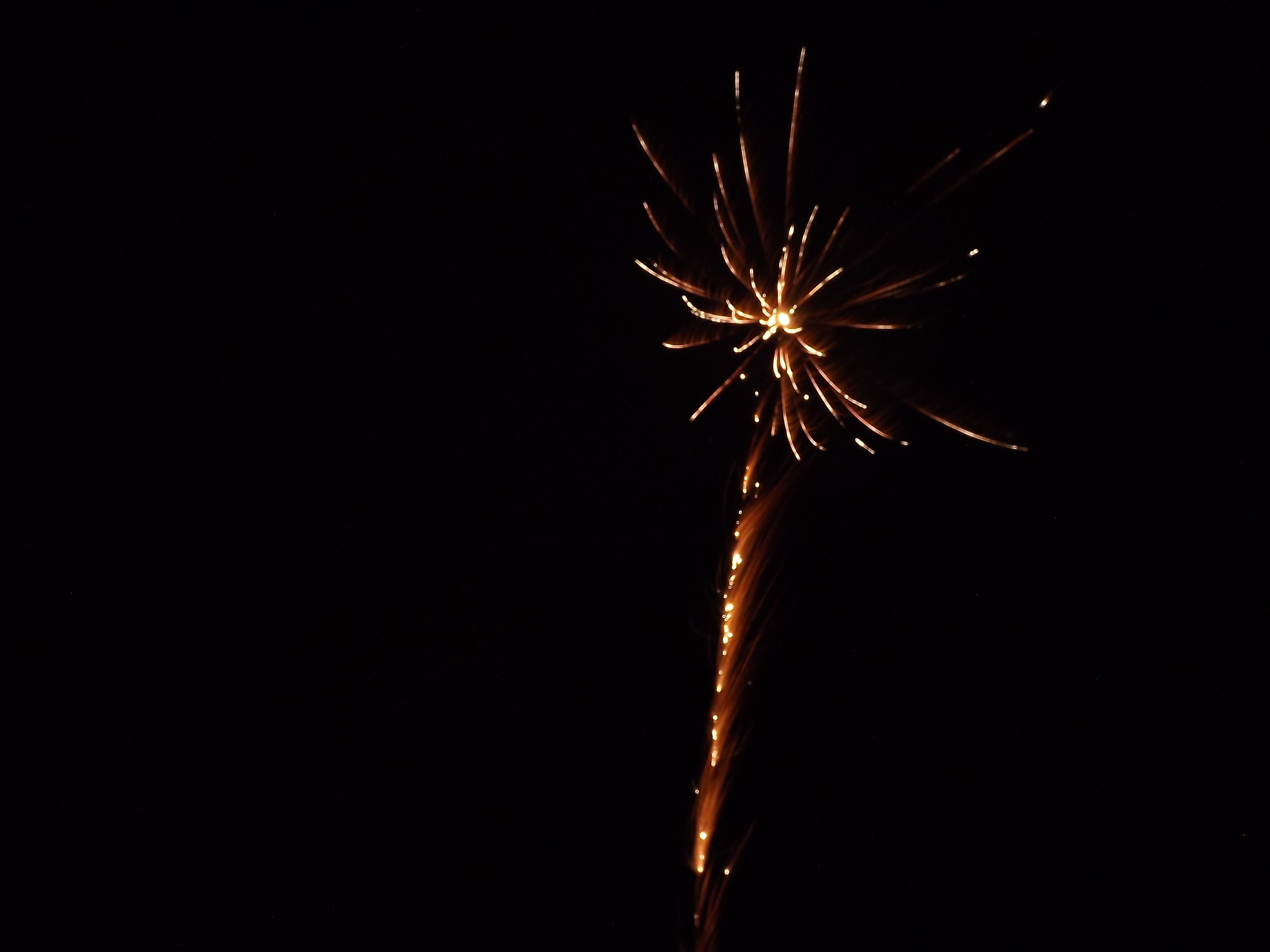 6780-feuerwerk-silvester-neujahr-explosion