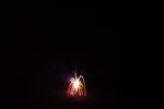 6765-feuerwerk-silvester-neujahr-neon-flammen