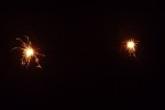9059-zwei-wunderkerzen-dunkel