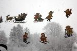4654-fensterbilder-schlietten-schifahrer