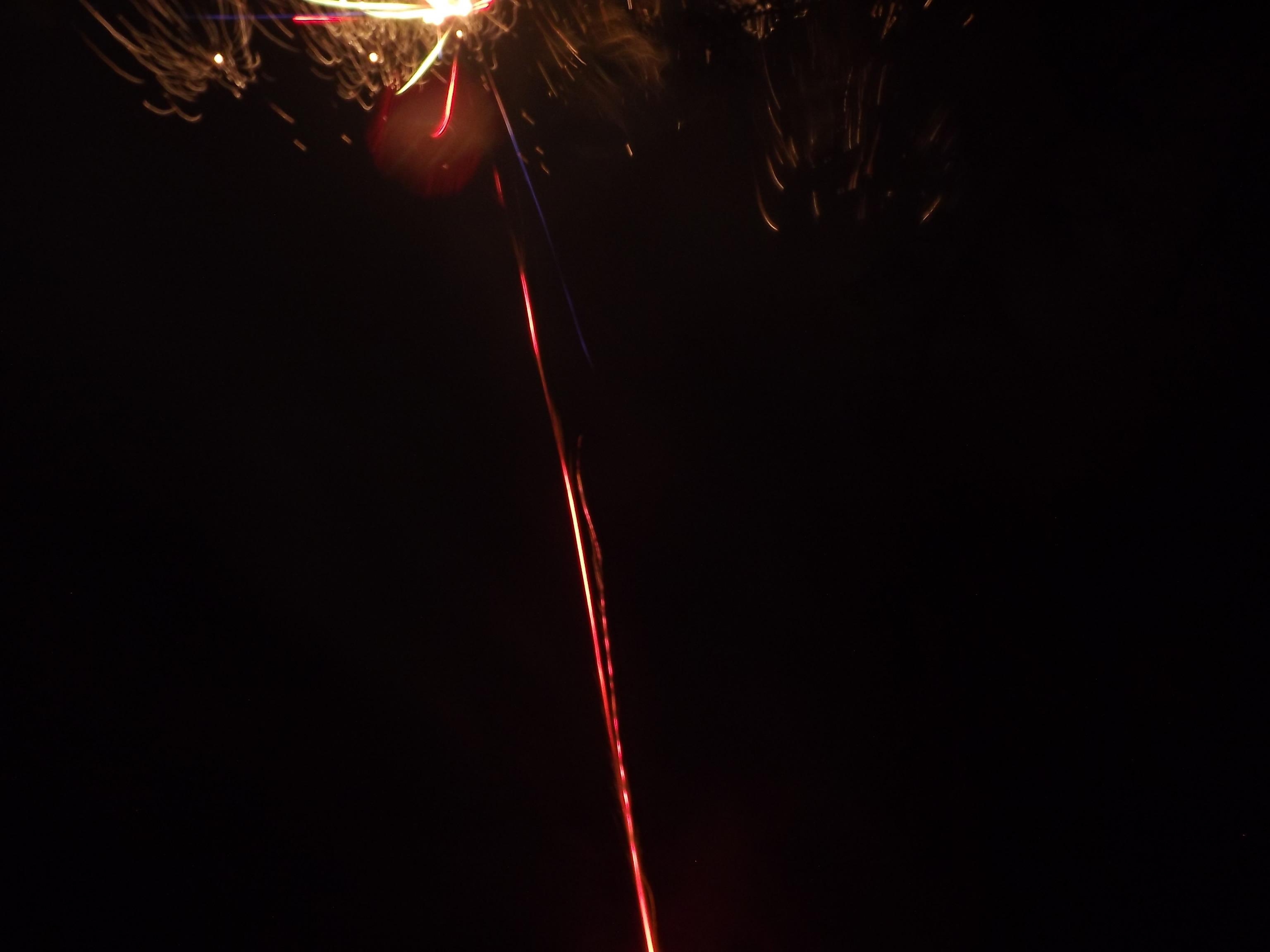 8325-feuerwerk-wolke-explosion
