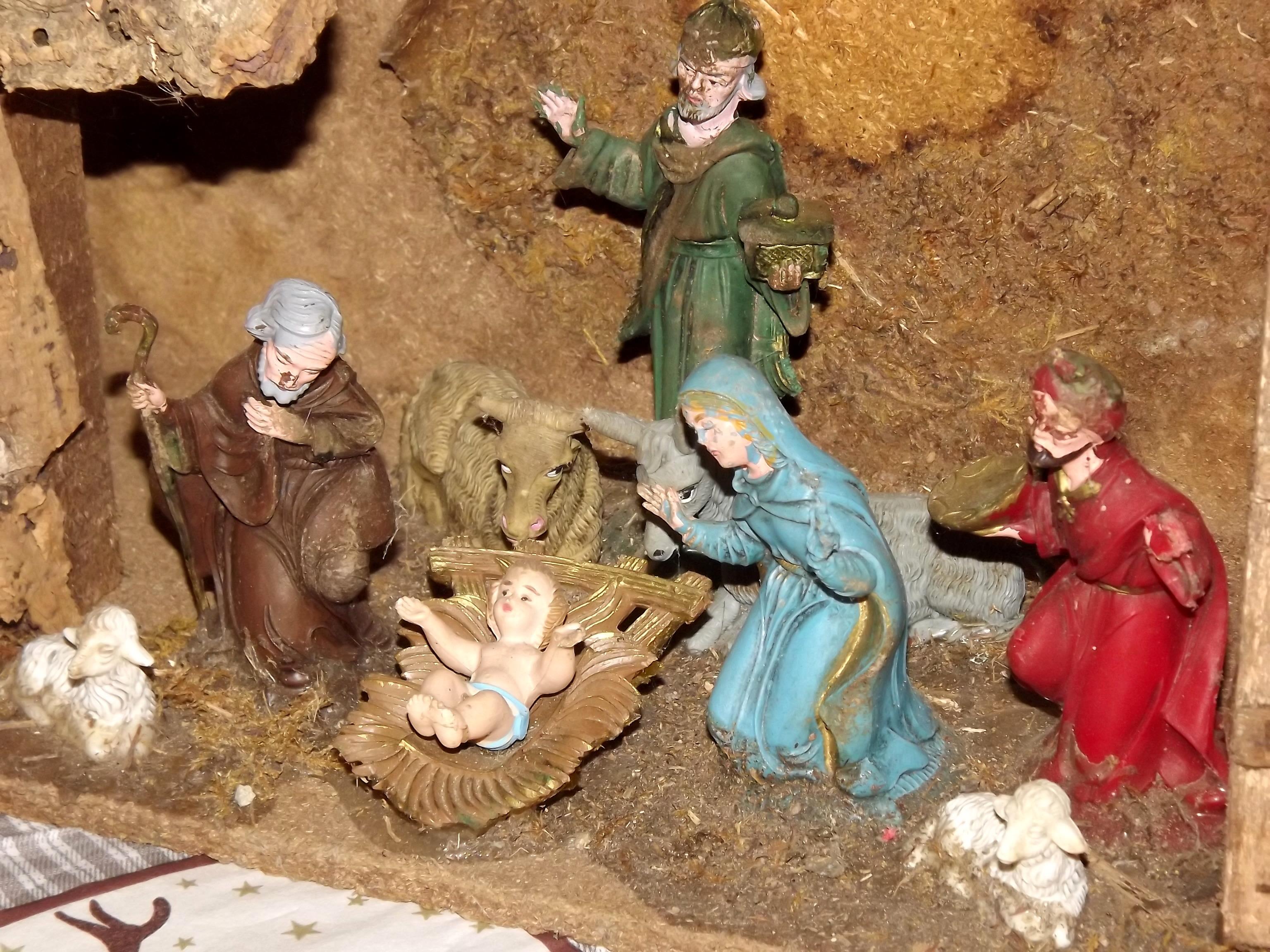 8235-krippe-maria-joseph-jesus
