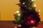 8259-weihnachtsbaum-lichterkette-bunt-weihnachtsmann