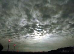 nacht-mond-wolken